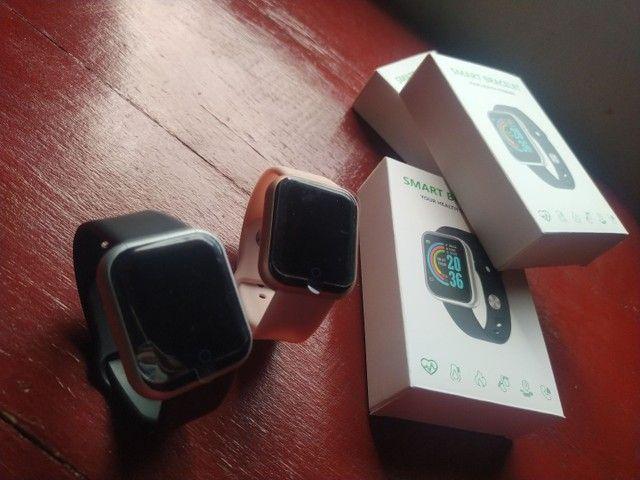 Relógio smartwatch D20/Y68 ideal para presentear neste dia das mães - Foto 2