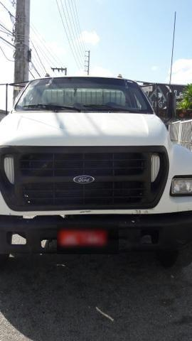 FORD F12000 2000