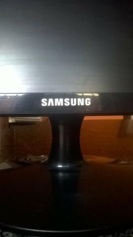 Monitor Samsung (19 polegadas) Contato por WPP, apenas