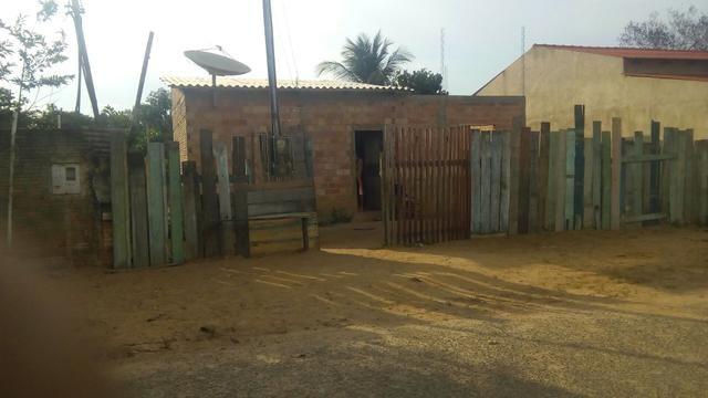 Vendo uma casa em candeias do Jamari ou troco por uma casa em Vilhena