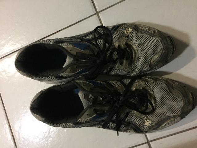 3c7be7f253 Tênis e Sapatos sociais de diversas cores. Tamanho 40/41/42. Semi-novos.  Somente Venda