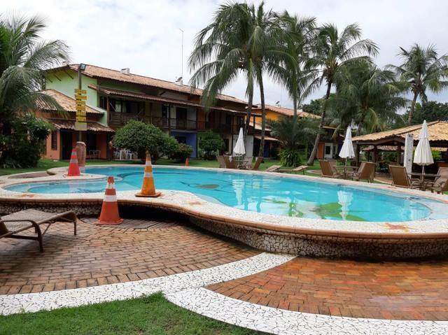 Duplex Guarajuba, com água, gás , e serviços de camareira incluso no condomínio. muito boa