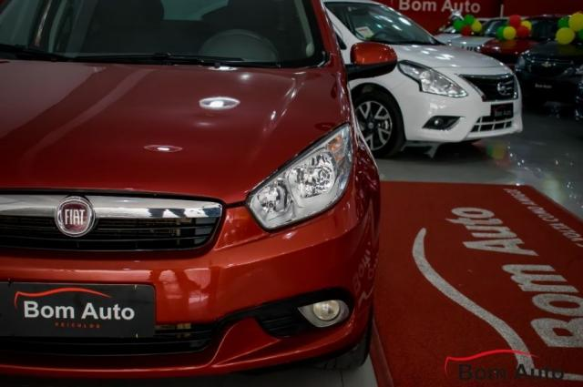 Fiat Grand Siena 1.6 Essence I-motion 2013 - Foto 3
