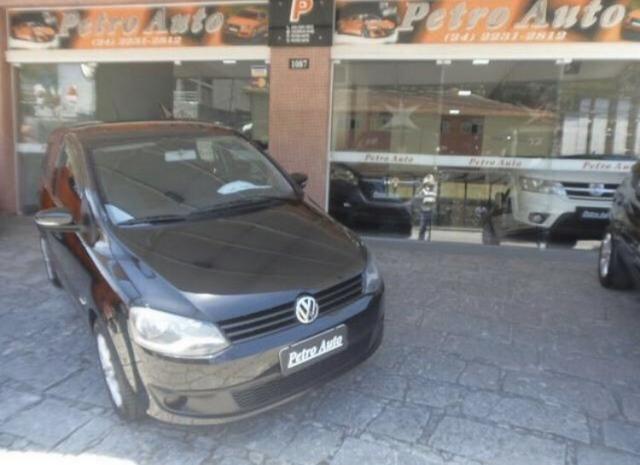 VW / Fox Trend 1.0 8v Total Flex / 4 portas / Completo - Pouco rodado Petrópolis/RJ - Foto 7