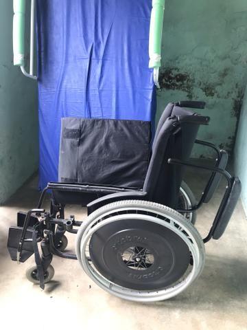 Cadeira de rodas desmontável - Foto 2