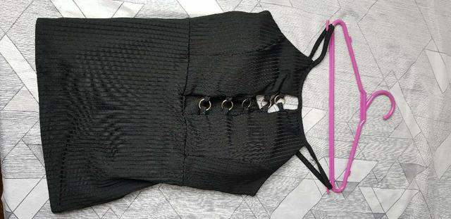 Blusa decotada (p) - Foto 2