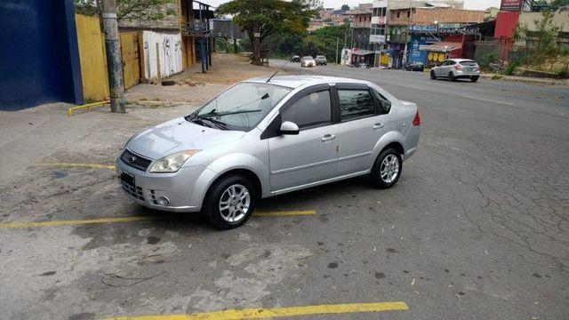 Ford/Fiesta Sedan 1.6 Flex 2008 - Foto 2