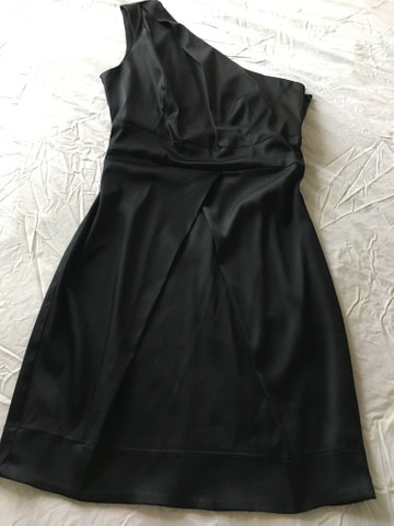 Lindo vestido cetim $130 - Foto 2