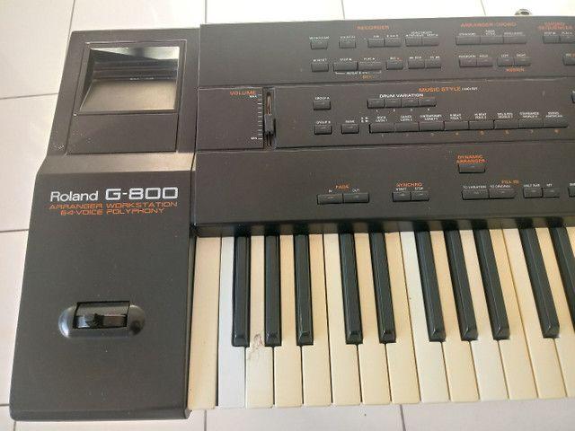 Vendo um teclado arranjador roland g 800  - Foto 2
