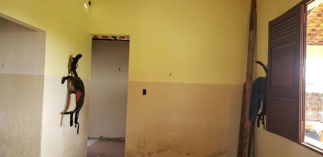 Vendo ou troco casa grande em bairro nobre de salinas LEIA - Foto 4