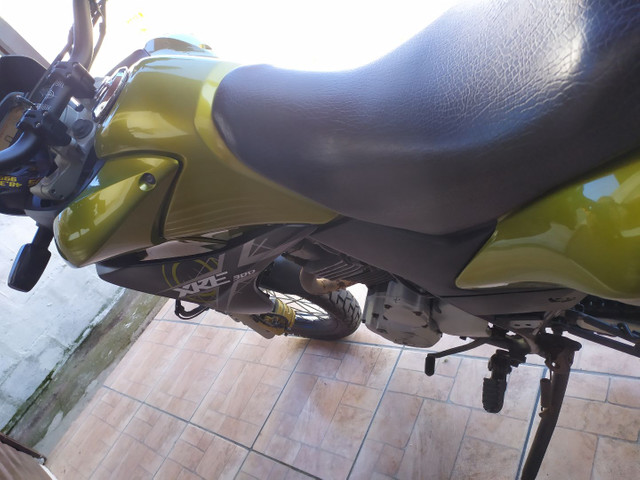 XRE 300 com ABS  - Foto 6