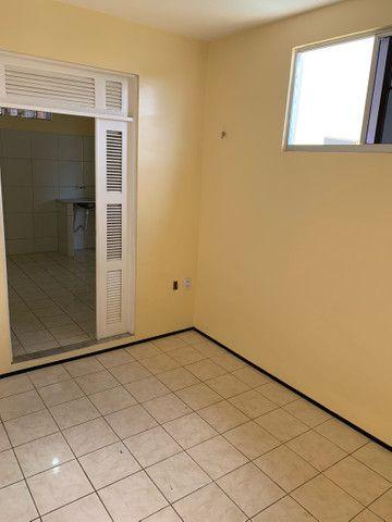 Apartamentos para alugar próximo à Av. mister hull - Foto 3