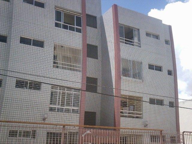 Boa Viagem perto atras BIGBompreço  e Shopping Recife 850,00 incluso Condominio - Foto 13