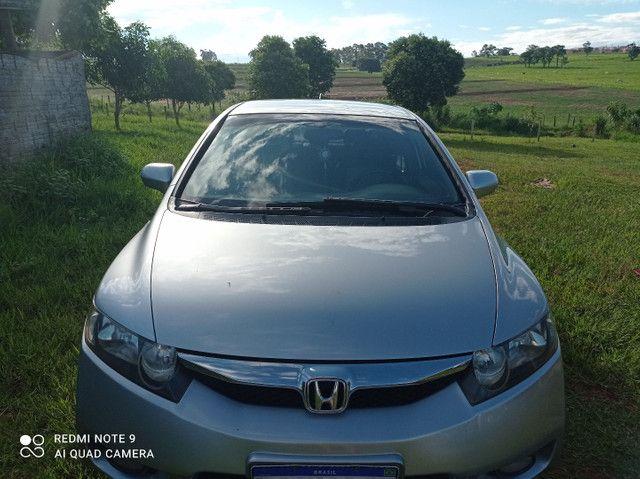 Vendo ou troco Honda Civic meu carro é bem conservado só pega e anda.. - Foto 6