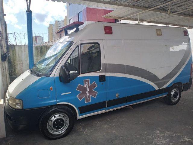 Ambulância tipo UTI - Foto 3