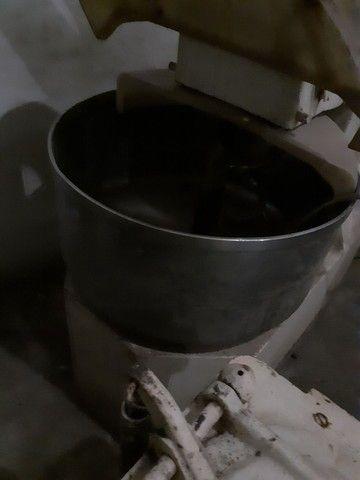 Vendo ótimas máquinas para montar sua padaria.  - Foto 4