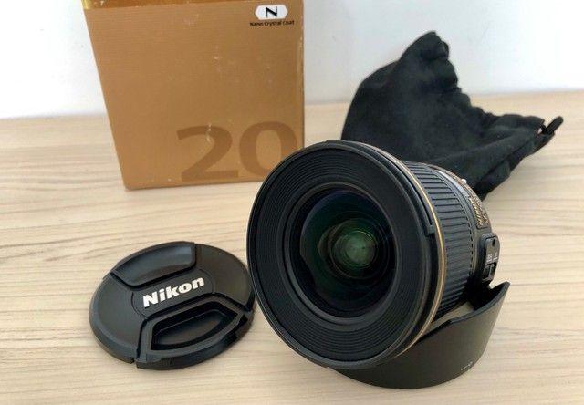 Lente Nikon 20 mm 1.8 - Foto 2