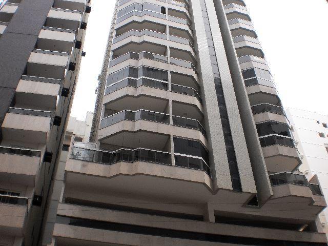 Apartamento temporada Centro Guarapari, 3 quartos