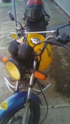 Moto 2009 toda quitada, documento em dia número pra contato