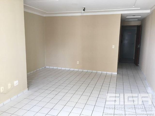 Apartamento 3/4 com dependência