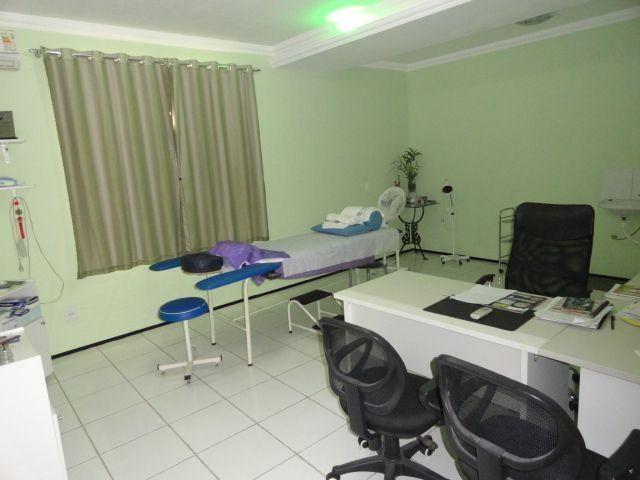 CA0073 - Casa Comercial (CLÍNICA), 2 Recepção, 5 consultórios, 20 vagas, Fortaleza. - Foto 11