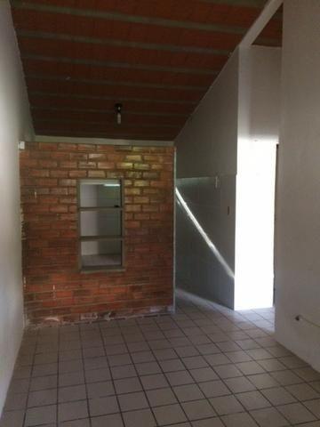 Excelente Casa 52m2, 02 Quartos, 01 Vaga, Poço Artesiano em Pau Amarelo Ótima Localização - Foto 8