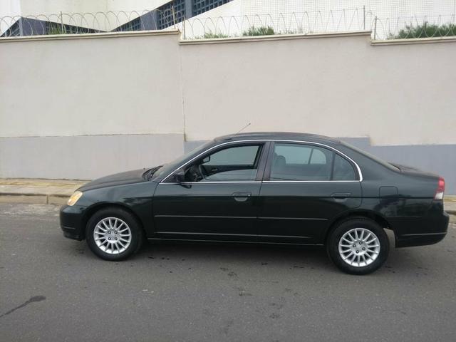 Honda Civic 2002 aut - Foto 2