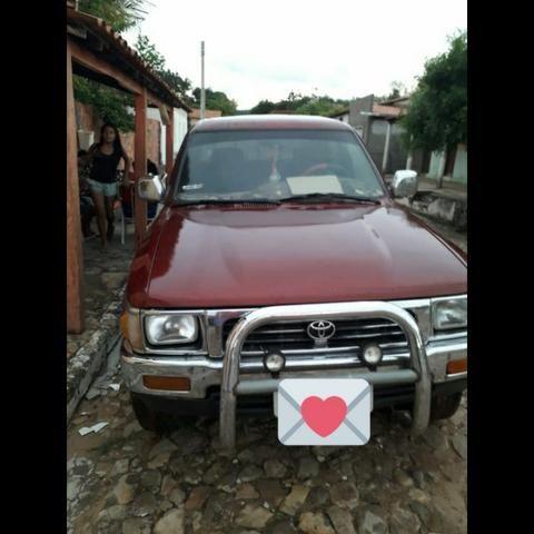 Toyota Hilux CD SR5 4X4 2.8