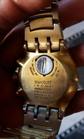 ddd27453243 Relógio Swatch serie Ouro Pra Hj 550 071 988184666