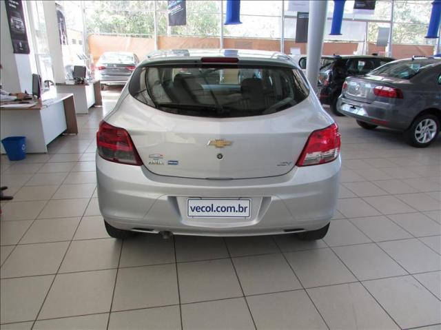 CHEVROLET Onix Hatch 1.0 4P FLEX JOY - Foto 4