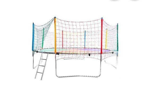 Vendo cama elastica(pula pula) usado poucas vezes