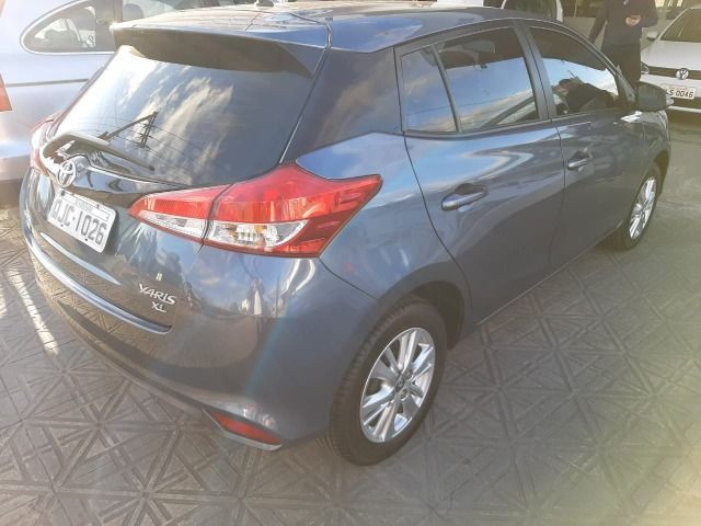 50% entrada + 48x 1.113,00 - Toyota Yaris XL Automático 2019 - Só 48.300km - Foto 3