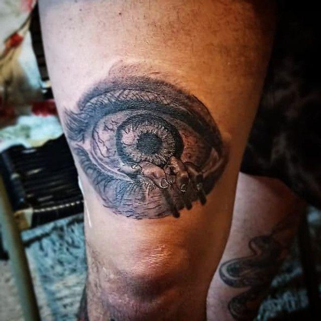 Faço tatuagem troco por celular,PC,tvs e games.