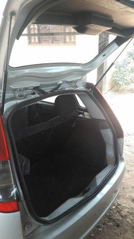 Ford Fiesta hacht - Foto 5