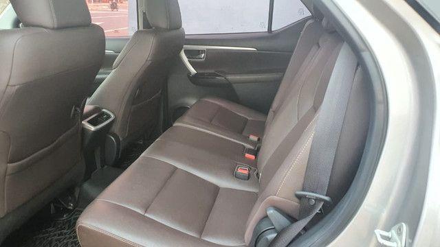 Toyota Sw4 16/16 SRX 4x4 diesel- Único Dono - Foto 9
