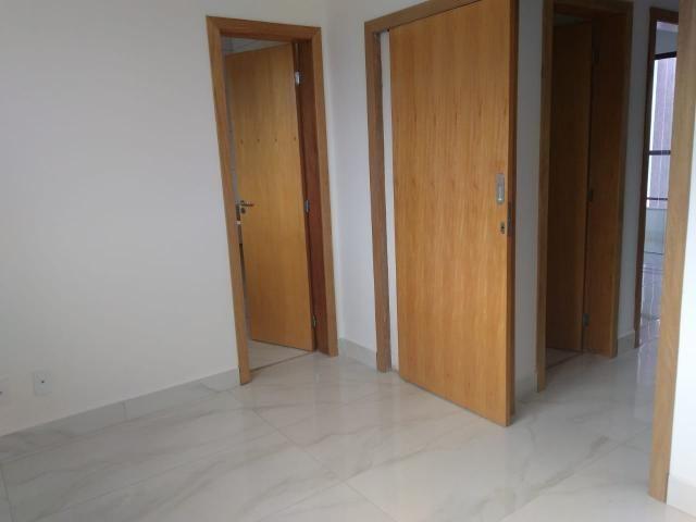 Casa geminada, 03 quartos, 01 vaga, 90 m² Bairro Planalto. - Foto 7