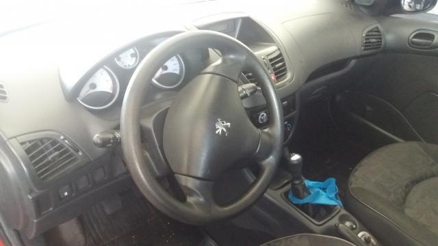 Peugeot 207 XRS 1.4 4P - Foto 11