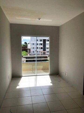 Alugo apartamento no bairro Lagoa Seca. - Foto 2