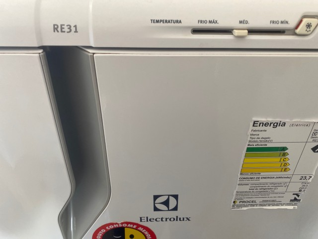Geladeira ELECTROLUX RE31  - Foto 2