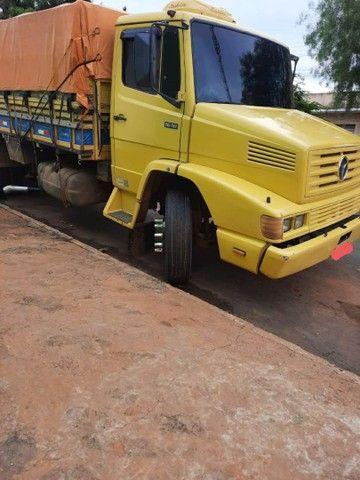 Vende-se Caminhão Truck 1618 Graneleiro - Foto 2
