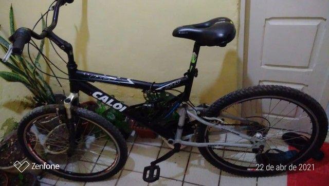 Bicicleta Caloi com marcha
