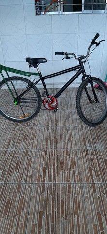 Bicicleta aro 24 arrumadinha