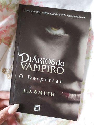 Box de livros da coleção Diários do Vampiro - Foto 6