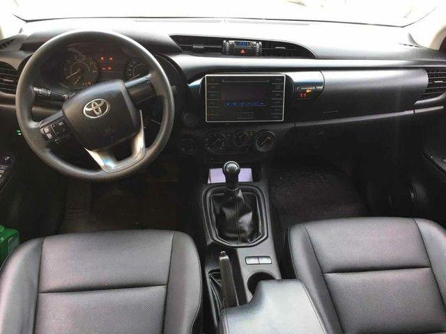 Toyota Hilux 2.8 4x4 - Foto 3