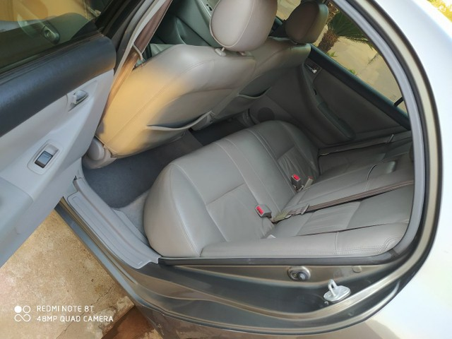 Corolla  se-g 2007 conservado - Foto 4