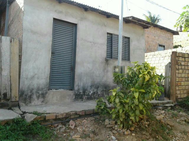 Vende-se ou troca uma casa no bairro Diamantino