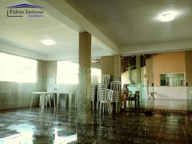 Maravilhosa em condomínio fechado, 1.200m² de terreno, área de lazer e salão de festas - Foto 16