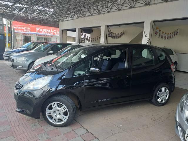 Fit dx 1.4 2013 o mais Novo de Sergipe com apenas 57.000 km + direção elétrica