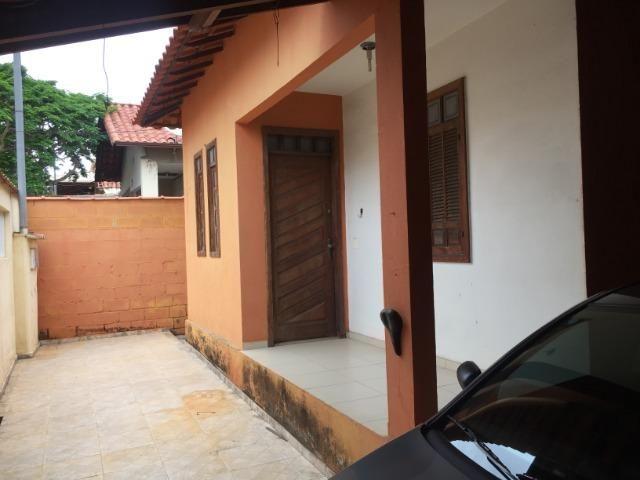 Excelente Casa com 3 Quartos - Duas Vagas // Alípio de Melo - BH / MG