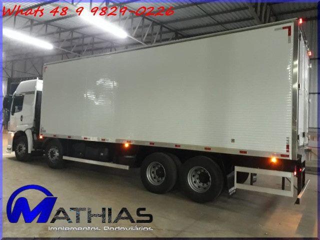 Bau refrigerado caminhoes bi truck 16 paletes Mathias Implementos - Foto 3